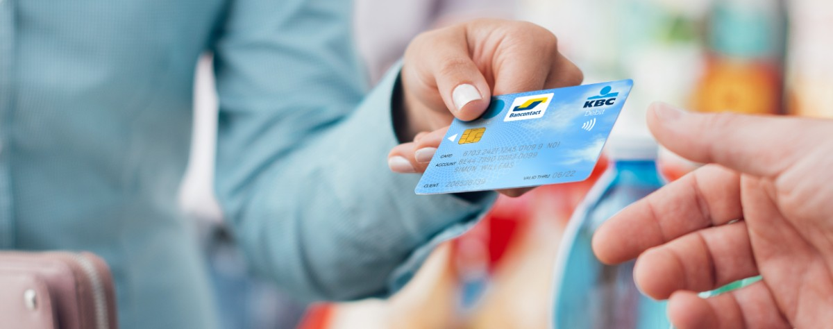 Apply online for a bank card - KBC Brussels Banking and Insurance